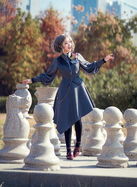 Model Show (blouse: TP00172, petticoat: UN00027, shoes: D00012)