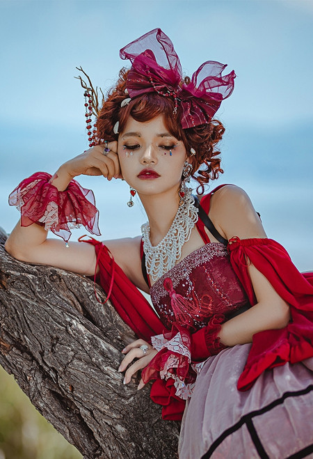 Model Show (Red Jellyfish Ver.) (JSK: DR00270 with optional sleeve pieces P00685, overskirt: SP00212, ruffle cuffs: P00688)