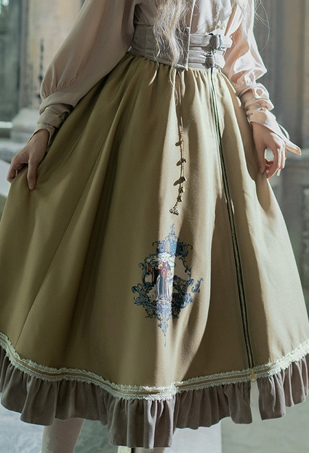 Model Show (Pale Khaki Ver.) (blouse: TP00186, underskirt: UN00030)