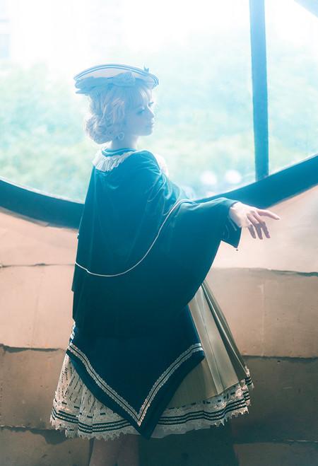 Model Show (Dark Green Ver.) (beret: P00692, striped JSK: DR00272, vest JSK: DR00273, blouse underneath: TP00186, underskirt: UN00030)