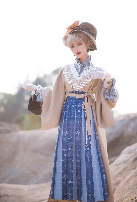 Model Show (Butterfly Pea Tea Ver.) (hat: P00702, jacket: CT00323, blouse: TP00191)