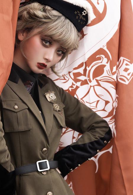 Model Show (Olive Green Ver.) (headdress: P00610N, shirt: TP00139N)