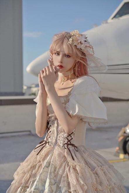 Model Show (Pale Ivory Ver.) (dress: DR00282, corset: Y00025X)