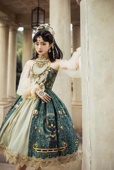 Model Show (Ivory Ver.) (dress: DR00243, petticoat: UN00019, UN00026N)