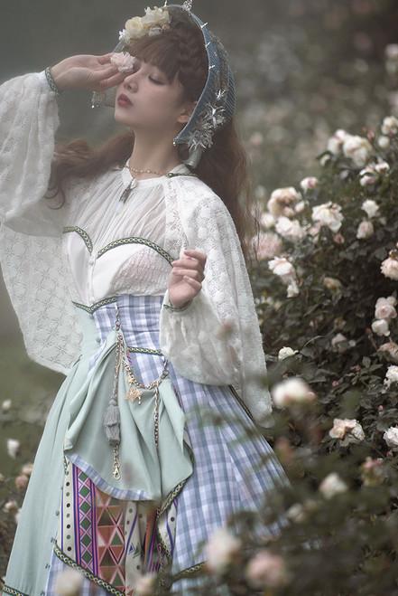 Model Show (White + Green Braided Belts Ver.) (bonnet: P00730, skirt: SP00229, skirt piece: CT00332)