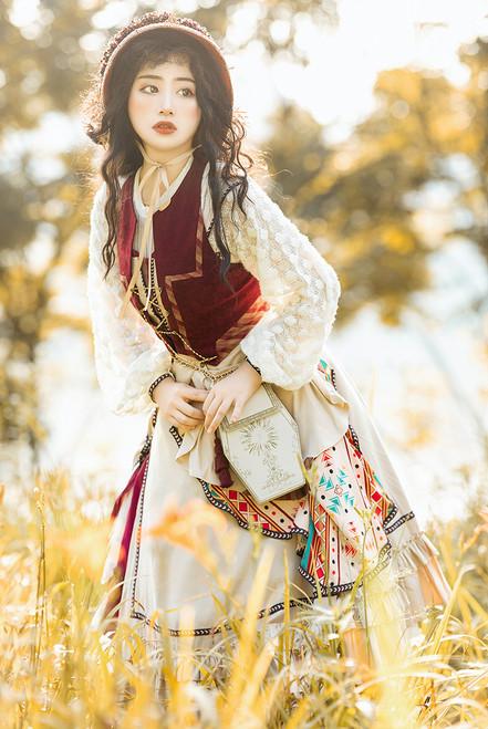 Model Show (Burgundy + Pale Beige Ver.) (bonnet: P00730, JSK: DR00296, shirt: TP00197, underskirt: UN00030N, bag: P00735)
