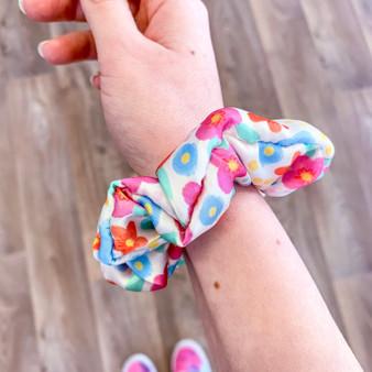 Wholesale Floral Hair Accessories