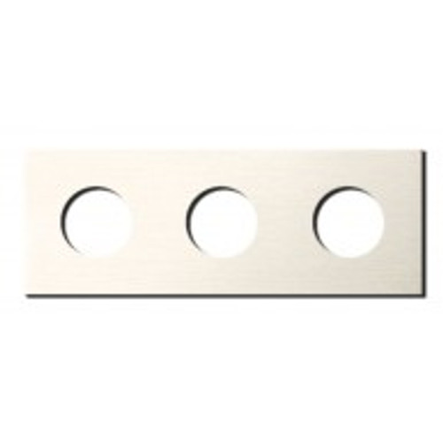 Socket - 3 gang - power outlet - brushed nickel