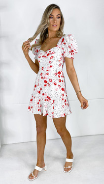 Get That Trend Girl In Mind White Sweetheart Neck Frill Tier Day Dress