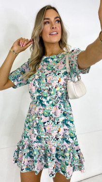 Get That Trend Girl In Mind Smock Mini Dress in Green Floral