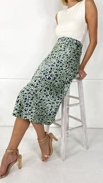 Get That Trend Pieces Green Printed Midi Skirt