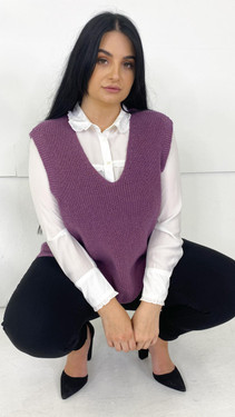 Get That Trend Only Carmakoma Purple V-Neck Knitted Vest