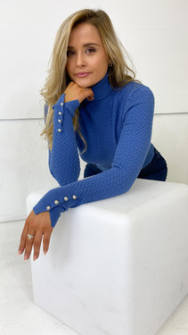 Get That Trend Only Blue Textured Roll Neck Knitted Pullover