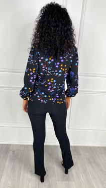 Get That Trend Sugarhill Maybell Frill Neck Blouse In Black Wild Floral