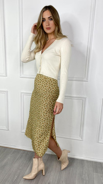 Get That Trend Motel Rocks Tindra Midi Skirt In Washed Ditsy