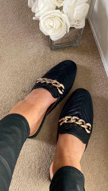 Get That Trend Black Quilted Chain Faux Leather Sliders