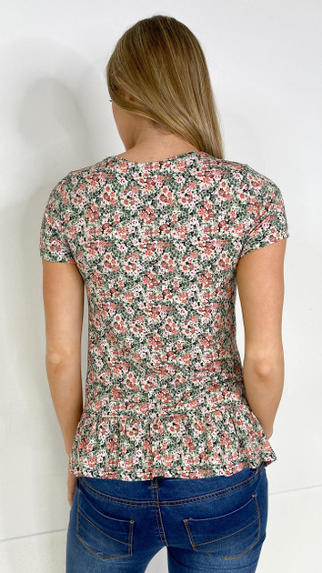 Get That Trend Mamalicious Floral Jersey Top