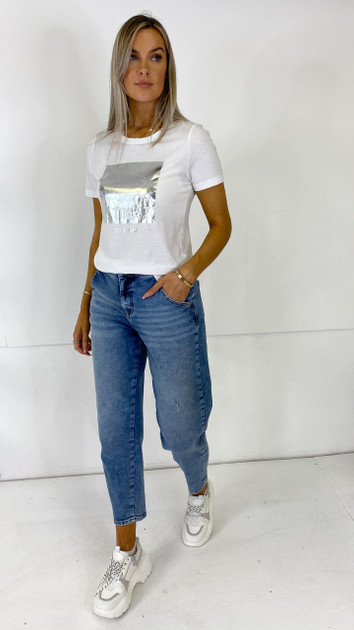Get That Trend Only White Slogan Tee