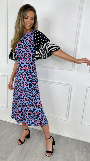 Get That Trend Girl In Mind Blue Bell Sleeve Midi Dress