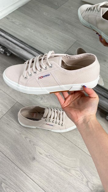 Get That Trend Superga Classic Canvas Trainers in Lilac Light Ash
