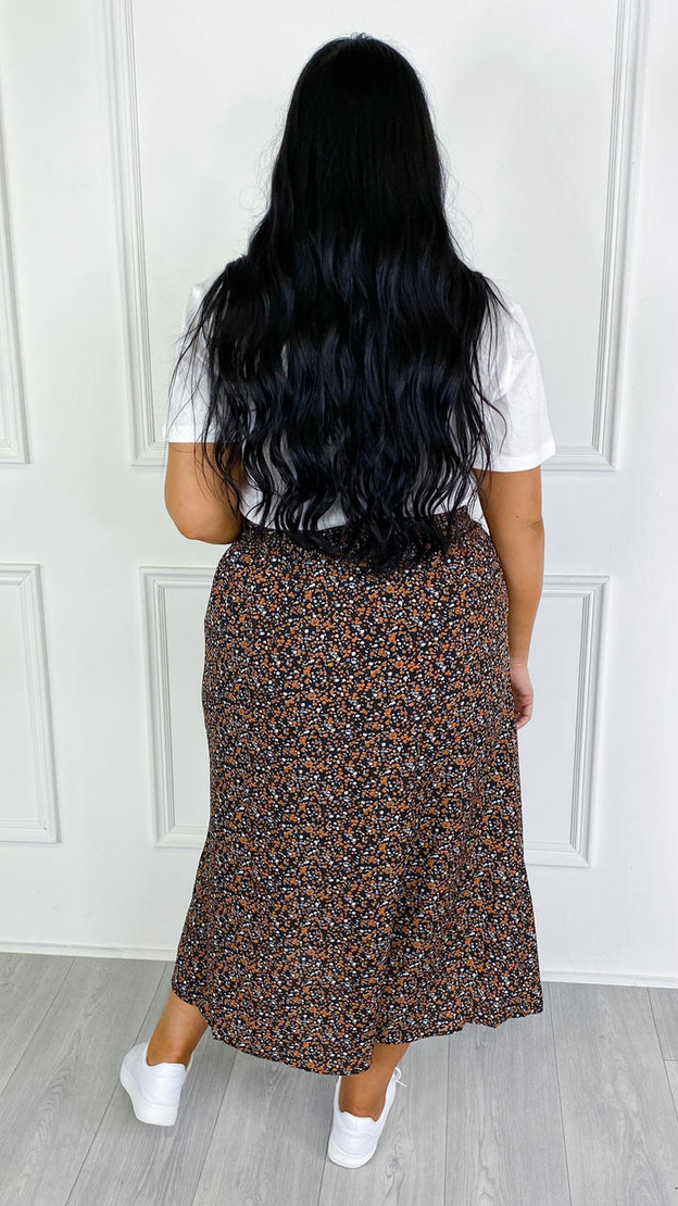 Get That Trend Only Carmakoma Black and Orange Printed Midi Skirt