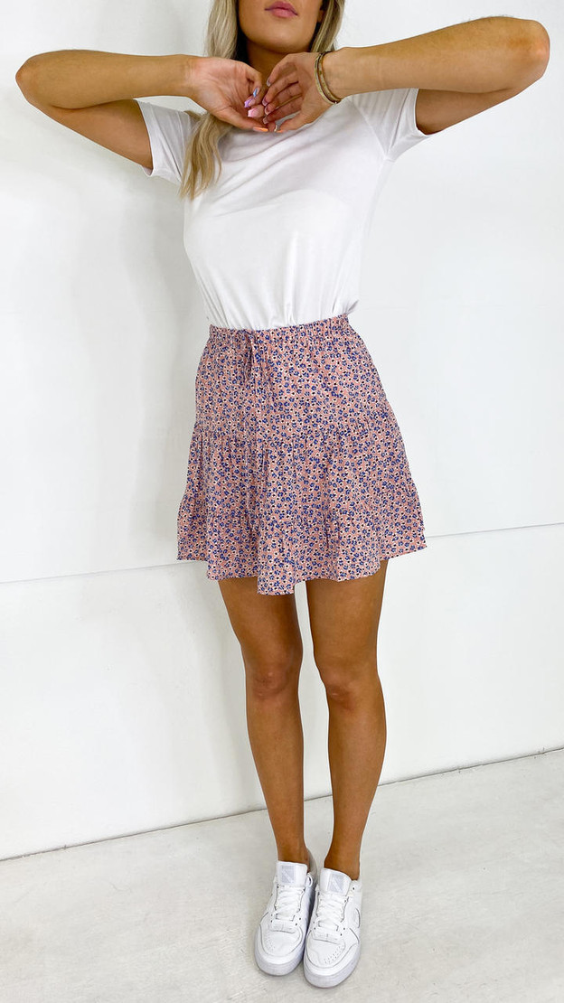 Get That Trend Pieces Rose Floral Print Mini Skirt