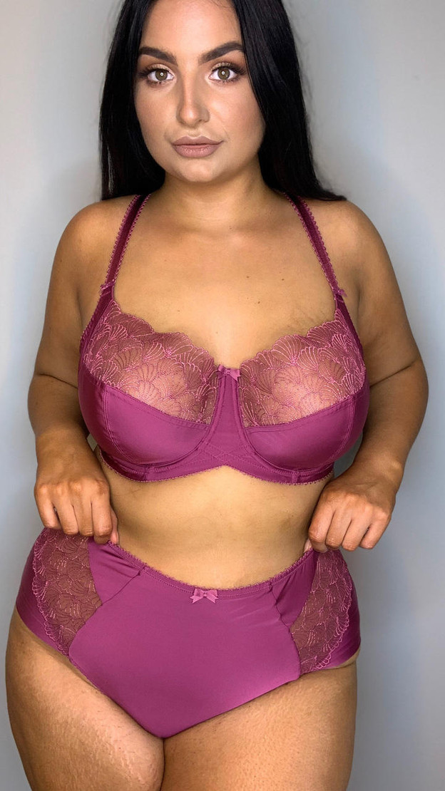 Charnos Side Support Full Cup Bra in Raspberry