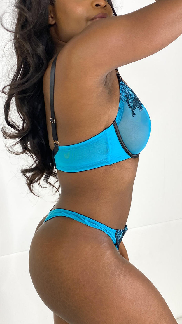 Get That Trend Playful Promises Tiger Blue Thong