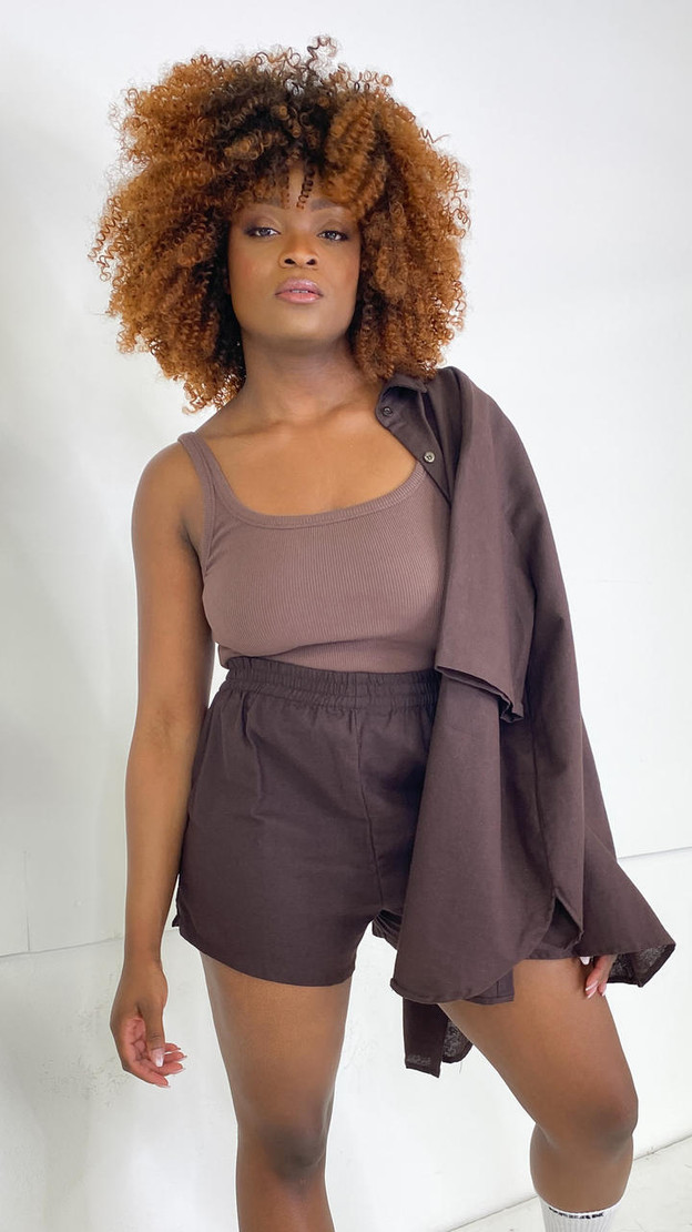 Get That Trend Motel Rocks Lala Shorts in Chocolate Brown