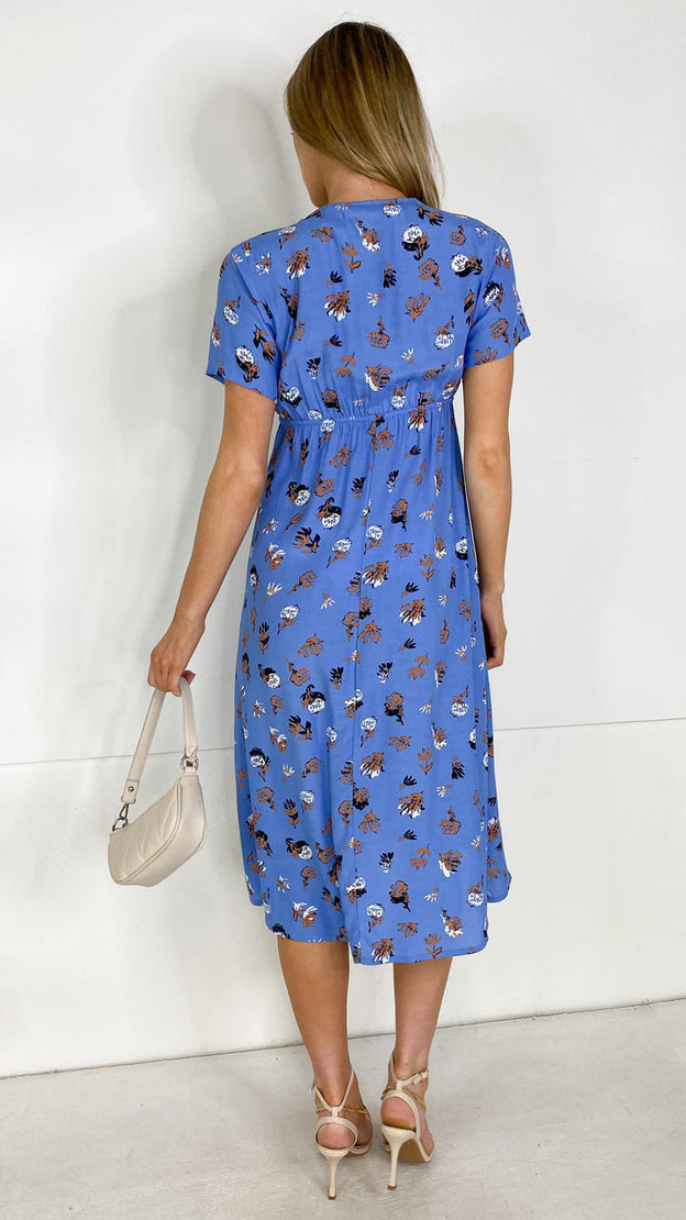 Get That Trend Mamalicious 2 in 1 Blue Floral Midi Dress
