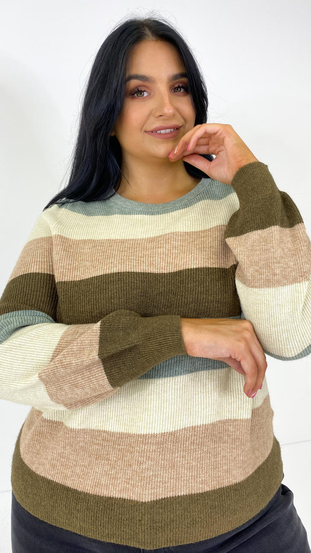Get That Trend Only Carmakoma Striped Hedge Green Knit Jumper