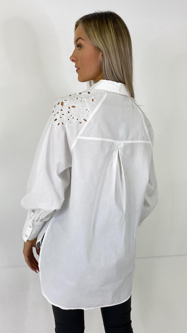Get That Trend Only White Embroidered Long Shirt
