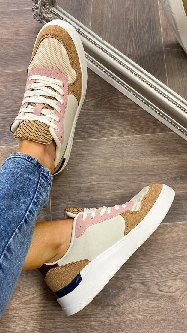 Get That Trend Vero Moda Misty Rose Lace Up Trainers