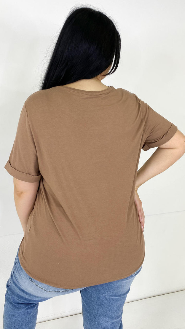 Get That Trend Only Carmakoma Sand T-Shirt