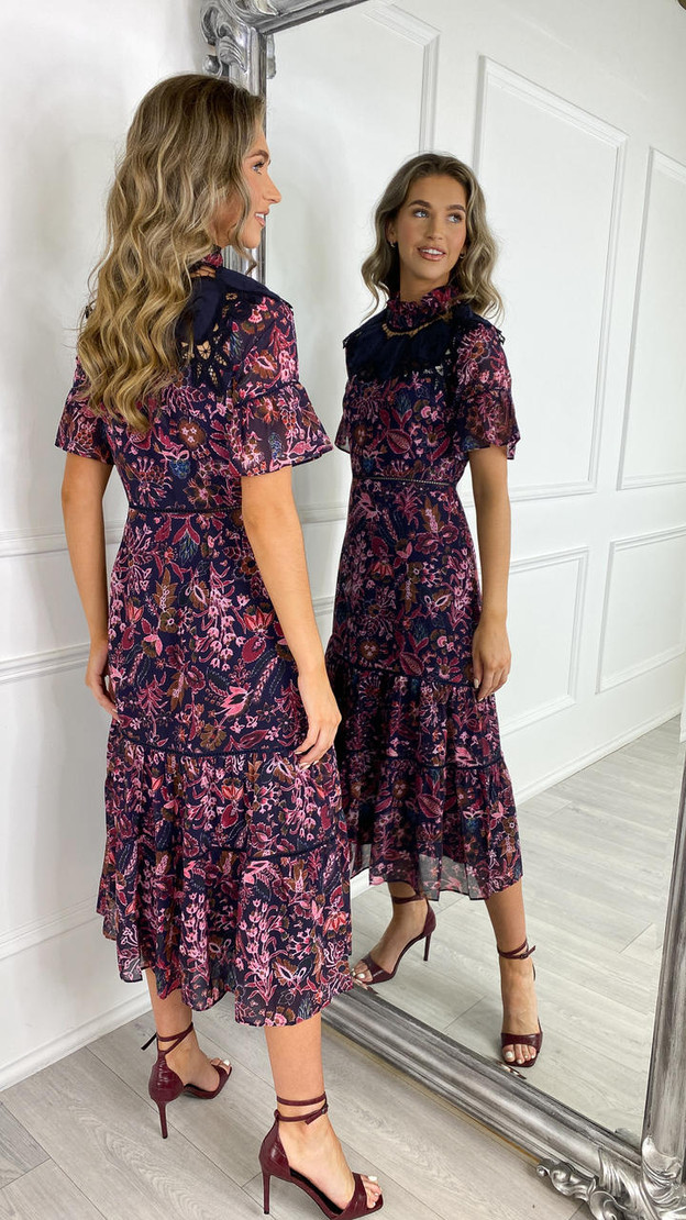 Hope & Ivy Pink and Red Floral Sweetheart Tea Dress