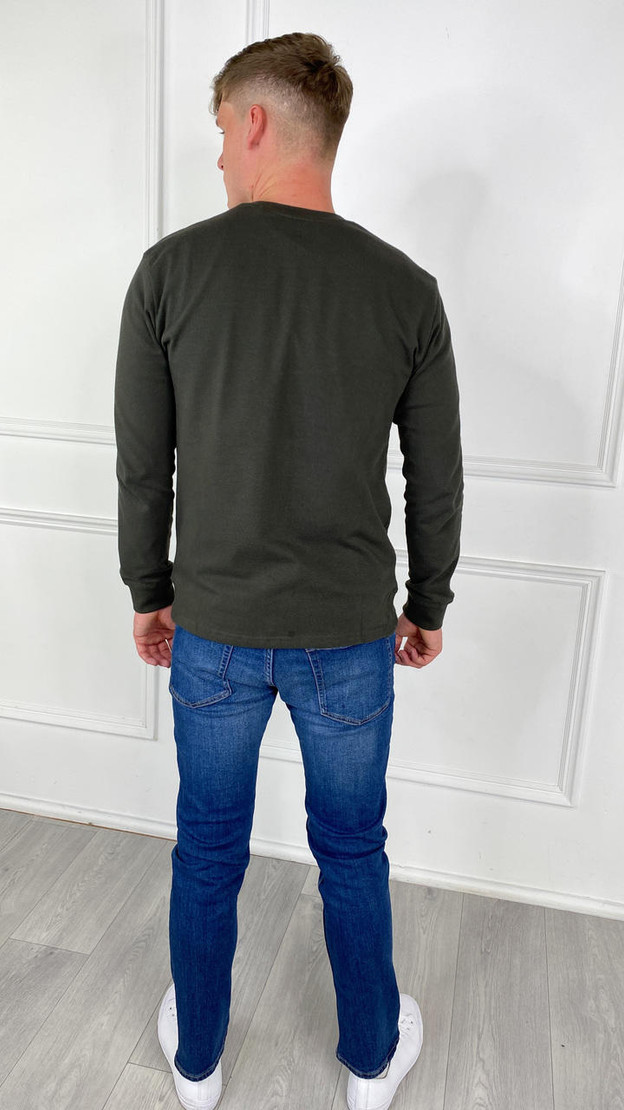 Get That Trend Only and Sons Long Sleeved T-Shirt In Green
