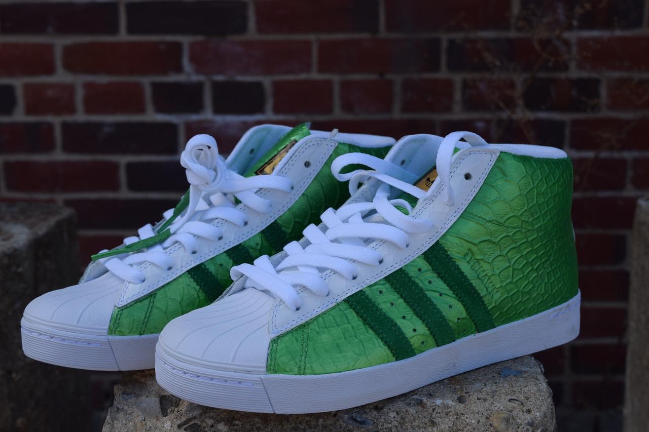 7cf9b8dbf3f3 Green Lantern Custom Metallic Hi Top Adidas
