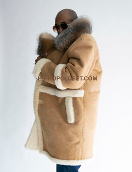 Three Quarter long Old Tan School Sheepkin Shearling with Fur Collar