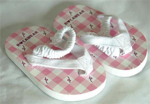 Rocawear Girls Pink Flip Flops