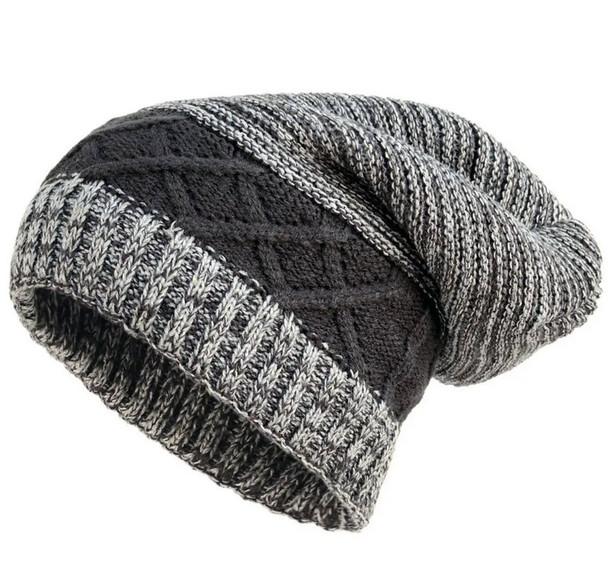Slouchy knit winter beanie hat