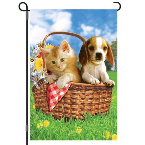 Summer Picnic Puppy Kitten Garden Flag 51327