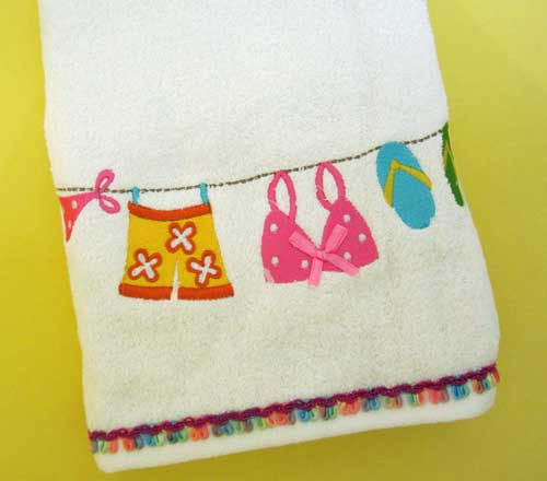"Flip Flops ""Hanging Loose"" BATH TOWEL 45336"