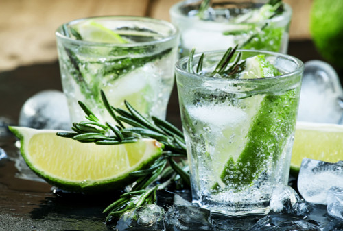 Gin & Tonic for One
