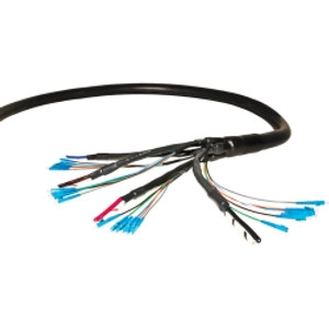OptiFlex Cable is a hybrid power and communications cable built to customer specific requriements. It is a flexible, pre-terminated solution comprised of multiple fiber and power cables with a braided outer conductor to serve as a ground. The OptiFlex Cable connects both DC power and optical signal from the remote radio unit (RRU) at the top of the tower and the baseband unit (BBU) in the shelter.