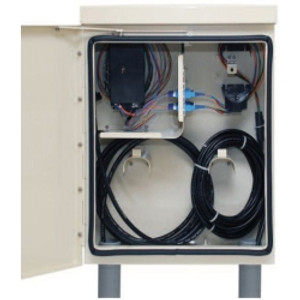 Corning Cable Systems Wireless Demarcation Cabinet (WDC) allows wireless backhaul providers to easily manage fiber drops in base stations on the cell site.