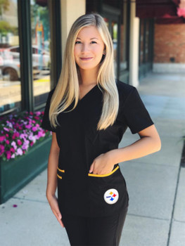 Pittsburgh Steelers Women's NFL Scrub Top with Front Patch Pockets