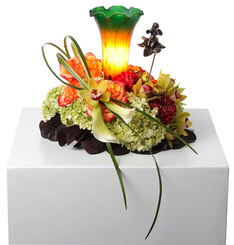 Spark a Memory Flowers and Lamp-Mpls/St Paul Delivery Only