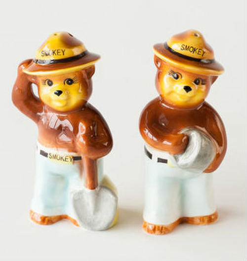 "Minnesota ""Smokey the Bear"" Salt & Pepper Ceramic Gift Box"