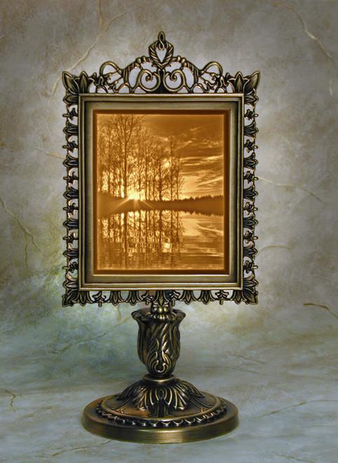 Lakeshore Lithoplane Victorian Accent Lamp