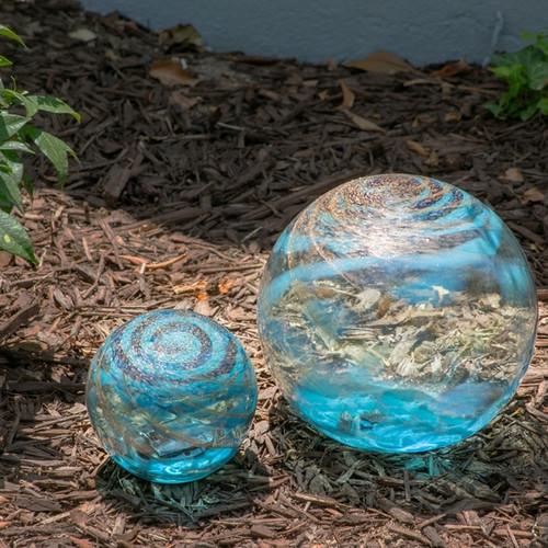 Art Glass Solar LED Orb - Light Blue w/ Gold Swirl